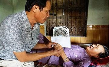 Quỹ Tấm lòng vàng Lao Động trao 1,03 tỷ đồng cho cựu binh và thân nhân liệt sỹ trên cả nước