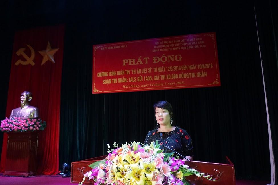 Bà Đỗ Thị Hòa (Phụ trách Cổng 1400) phát biểu tại buổi Lễ
