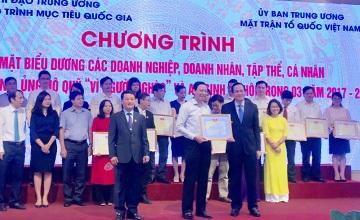 Cổng 1400 được tôn vinh là tổ chức tích cực ủng hộ Quỹ Vì người nghèo